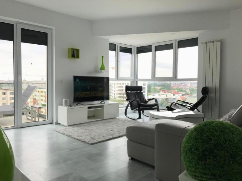Luxury Residence Westpark Lake View W2