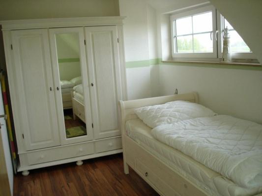 kranich mit whirlpool sauna infrarot kombikabine kamin. Black Bedroom Furniture Sets. Home Design Ideas
