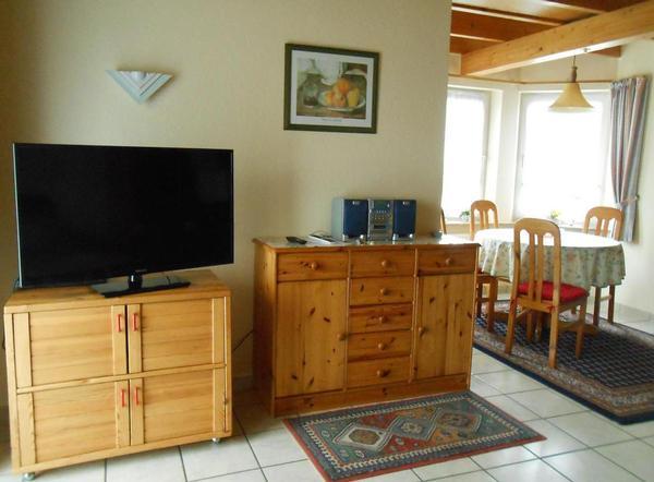 ferienhaus seehund 300 meter zum strand und wattenmeer. Black Bedroom Furniture Sets. Home Design Ideas