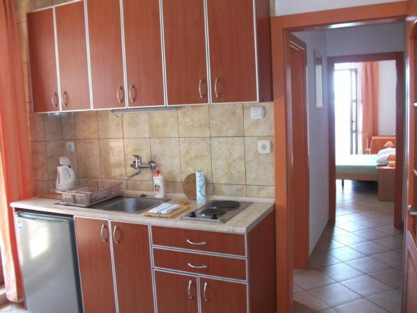 Ferienwohnung montenegro 3 personen for Badezimmer 11qm