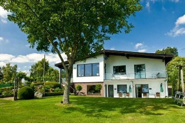 Ferienwohnung Eifelblick /App.Bauerngarten **** St  in der Eifel