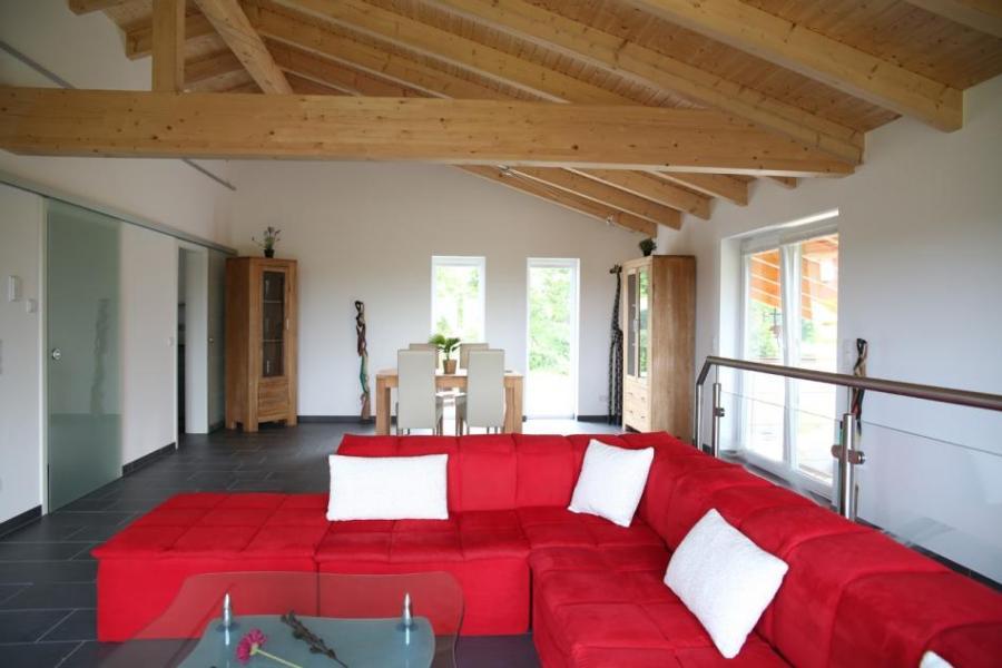 Moderne Luxusvilla in Naturlage am Miltenberg, modernes Interieur ...